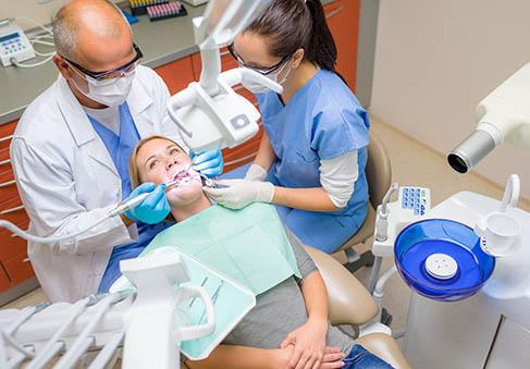 Odporučíme vám zubného lekára
